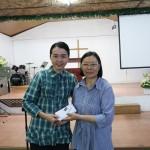 教会奉献给发亮之家
